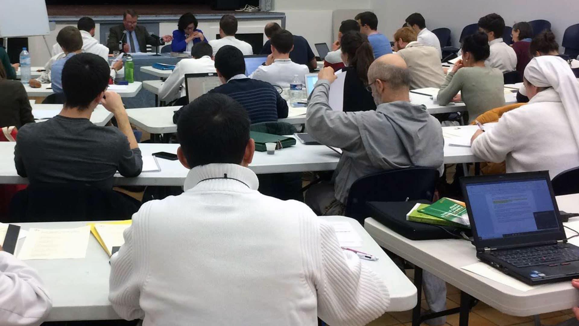 45 participants à la session « Comprendre la théologie du corps » à Toulon !